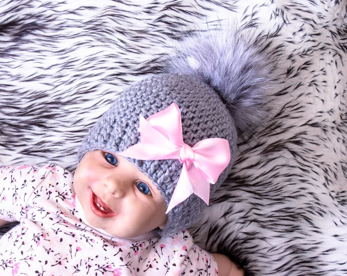 Gray and pink Baby girl hat with bow, Pom pom hat, Preemie hat, Crochet baby girl hat, Newborn girl hat, Baby girl gift, Girl winter hat