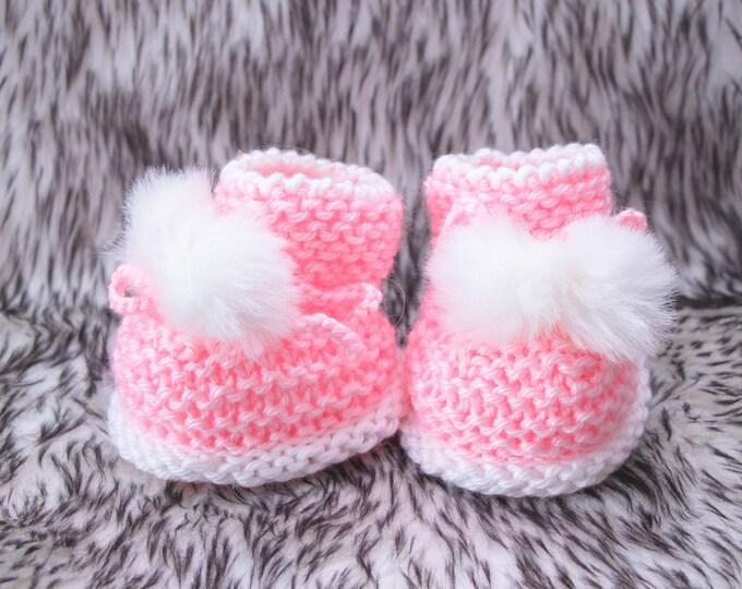 Hand knit Pink Pom pom booties, Baby girl booties, Pink booties, Knitted baby booties, Baby girl gift, Infant girl booties, Newborn booties