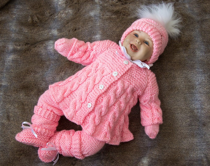 Pink baby girl coming home outfit - Knitted Baby clothes - Knit baby girl outfit - Baby knitwear - White outfit - Newborn girl clothes