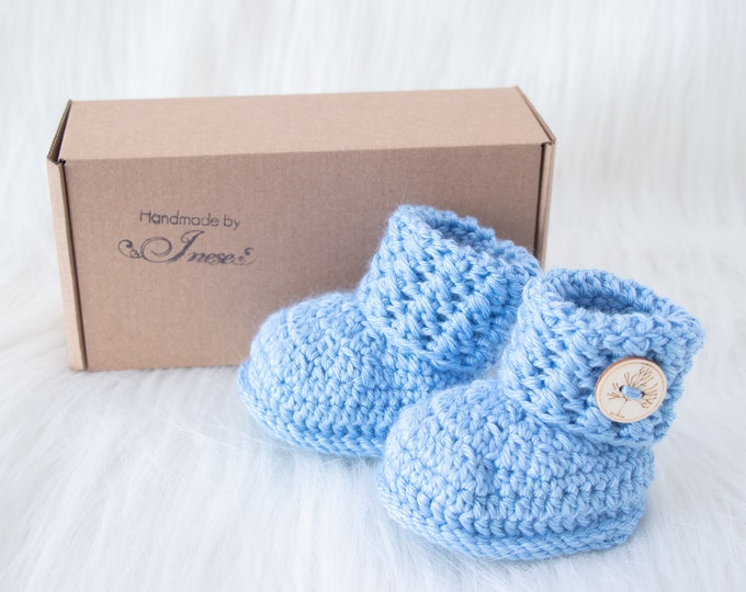 Blue Baby boy booties, Crochet baby booties, Baby announcement, Baby shoes, Preemie shoes, Infant booties, Newborn booties, Baby boy gift