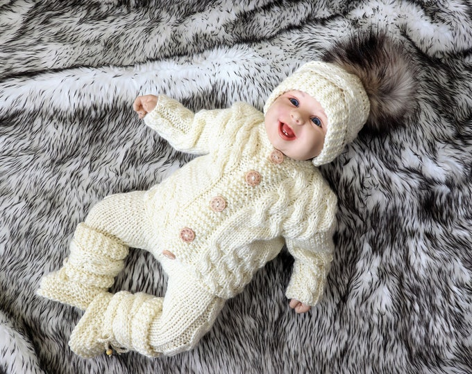Baby home coming outfit, Cream baby outfit, Gender neutral outfit, Newborn take home outfit, Hand Knitted baby outfit, Baby winter outfit