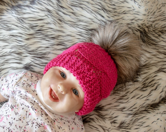 0-3 months Baby girl hat with faux fur pom pom, Baby girl winter hat, Knitted baby Hat, Infant girl hat, Toddler Pom pom hat, Ready to ship