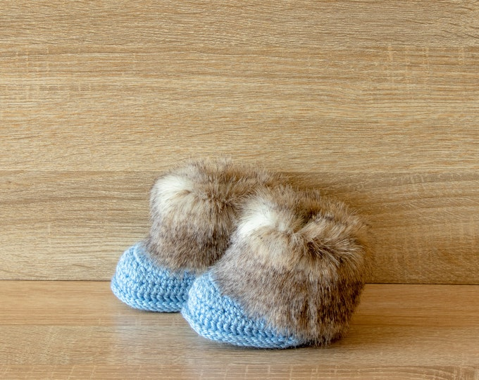 Baby boy Faux fur booties - Baby boots - Crochet Booties - Baby Boy booties - Newborn booties - Newborn shoes - Baby boy gift - Preemie boy