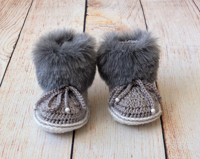 Gray baby booties - Baby boy booties - Faux Fur Baby Booties - Baby Boots - Baby winter Boots - Crochet Baby Boots 0-3 / 3-6 / 6-12 M