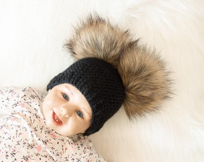 Black double pom pom beanie, Crochet beanie, Fur pom pom beanie, Pom pom hat, Black hat, Gender neutral beanie, Baby winter hat, Baby beanie