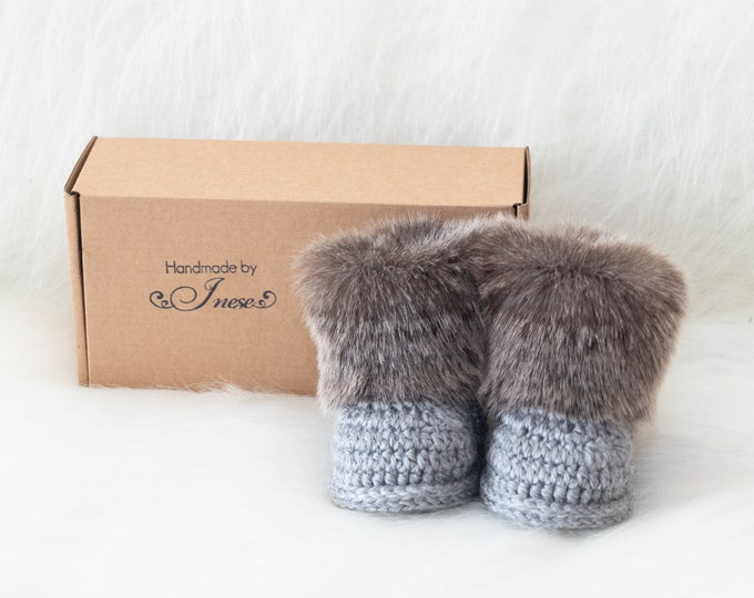 Crochet gender neutral booties, Baby slippers, Baby booties, Preemie booties, Newborn Booties, Boy Booties, Infant shoes, Unisex baby shoes