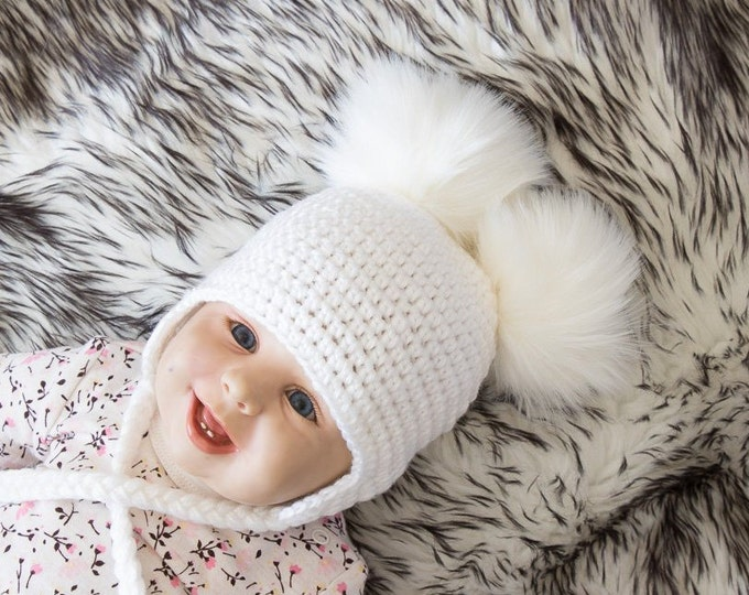 White Double pom hat - Newborn hat - Baby hat - Earflap hat - Crochet baby hat - Fur pom pom - Winter hat - Toddler hat - gender neutral hat
