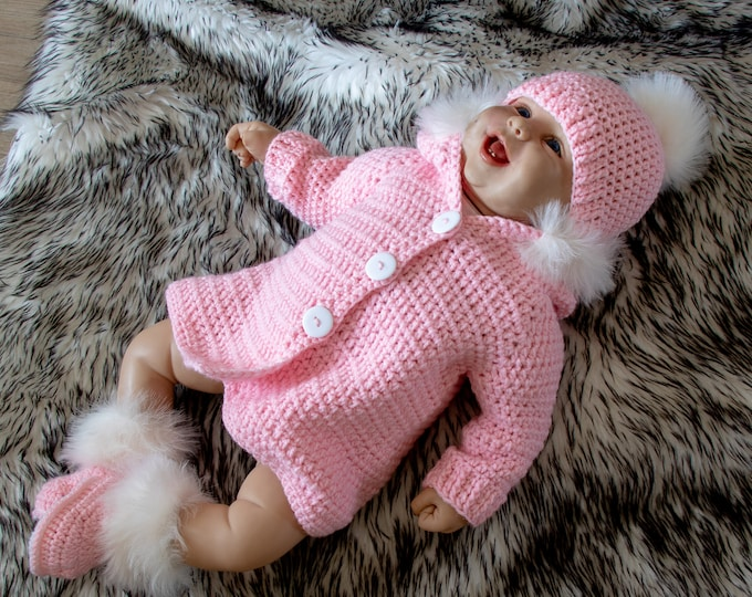 Hooded baby sweater with fur trim, hat & booties - Baby Girl Home Coming Outfit - Pink Layette- Newborn girl Take Home Outfit- Ready to ship