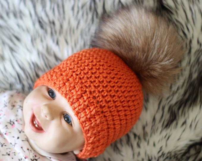 Pom pom beanie - Orange hat - Crochet beanie - Baby hat - Crochet hat - Newborn hat - Faux fur pom pom hat - Baby winter hat - Halloween hat