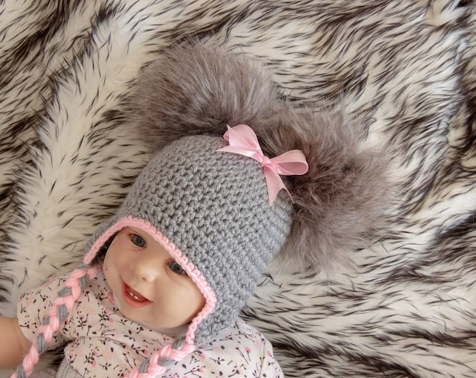 Gray and Pink Double pom hat with bow - Newborn girl hat - Baby girl hat - Baby girl gift - Fur pom pom - Baby Winter hat - Toddler girl hat