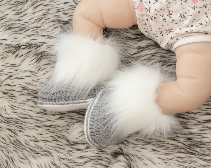 Gray baby booties, Faux Fur Booties, Baby boy booties, Baby winter boots, Crochet Booties, Newborn booties, Preemie booties, Baby boy gift