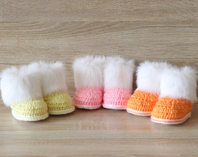 Baby Booties for Triplets  - Triplet baby boots  - Crochet baby booties- Newborn boots - Preemie shoes- Fur booties - Booties set of 3 pairs