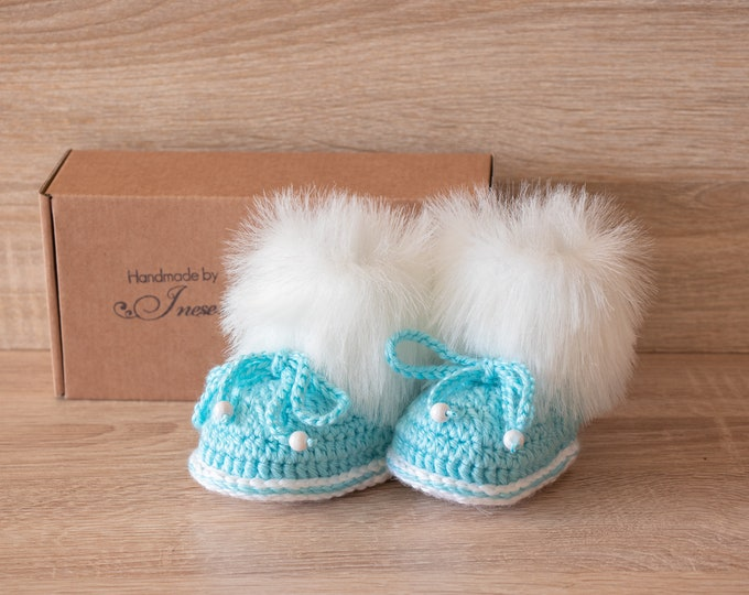 Baby boy boots - Preemie boy booties - Fur Booties - Crochet baby booties - Infant Booties - Baby shower gift - Newborn shoes- Baby boy gift
