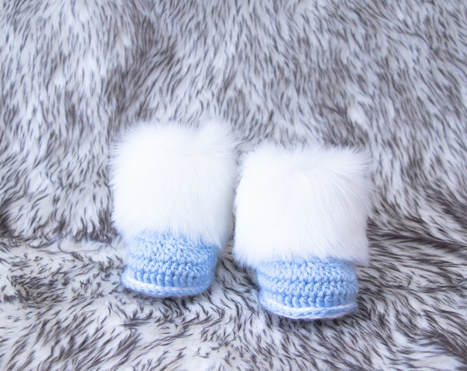 Baby boy booties, Preemie boy shoes, Faux Fur booties, Baby winter booties, Crochet baby booties, Infant shoes, Newborn shoes, Baby boy gift
