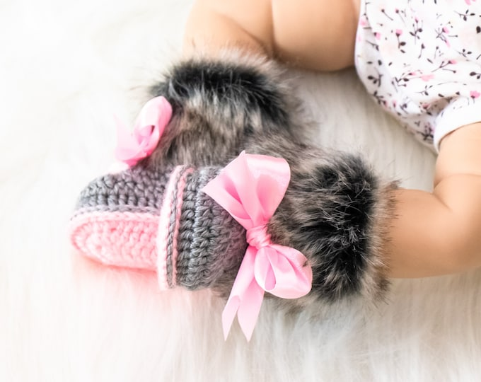Gray and pink fur booties, Newborn girl shoes, Preemie girl shoes, Crochet slippers, Baby girl gift, Baby girl shoes, Baby girl boots, Uggs