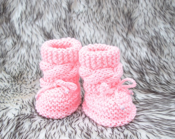 Hand knit pink Baby girl booties, Pink booties, Newborn girl Booties, Baby girl gift, Knitted booties, Cable knit booties, Infant girl shoes