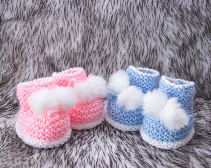 0-3m Hand knit booties for twins Booties, Fur Pom pom booties, Boy and Girl booties, Blue and pink booties, Twins baby gifts, Ready to ship