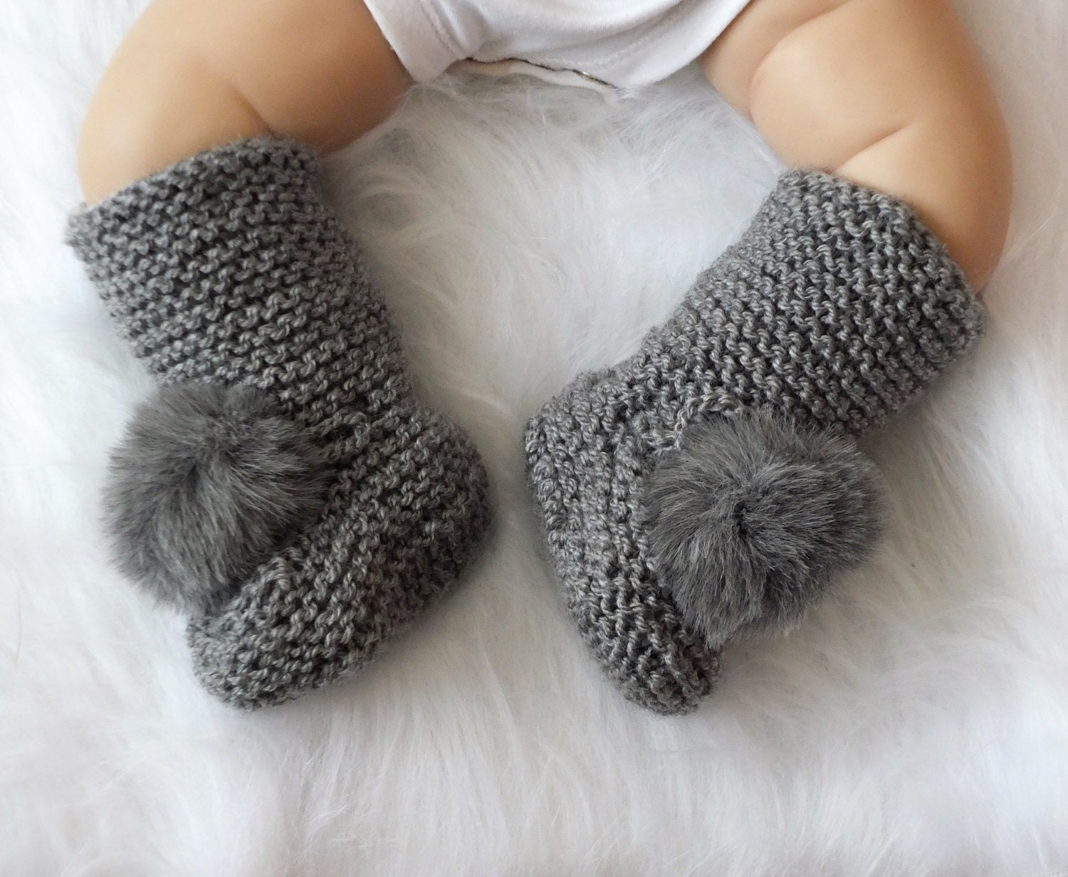 Booties with pom poms - Knitted baby booties - Gray Baby boots ... 95e36de07