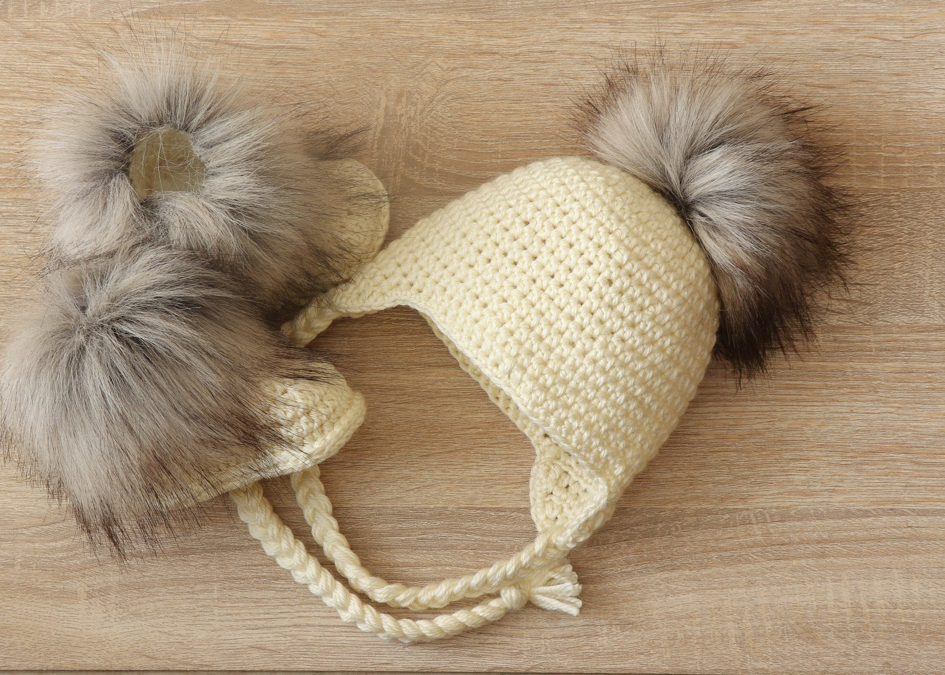 Cream Baby pom pom hat and fur boots - Crochet baby hat and booties 91672da0fcb1