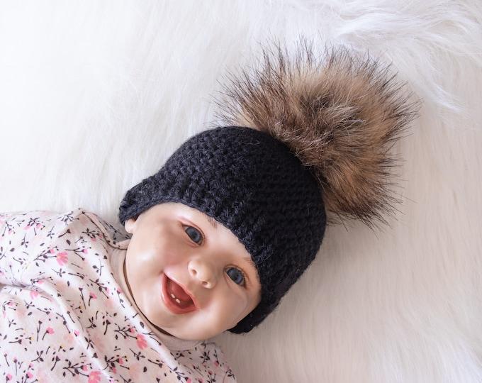 Black beanie hat, Fur pom pom hat, Black Baby hat, Crochet hat, Newborn hat, Baby Winter hat, Baby boy beanie, Preemie hat, Gender neutral