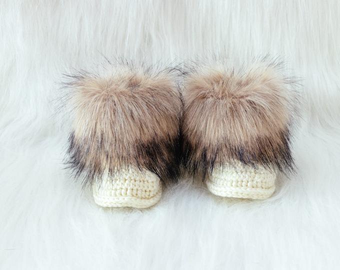 Cream baby booties Faux fur booties, Gender Neutral baby boots, Crochet baby winter Booties, Baby shoes, Baby shower gift, Newborn shoes