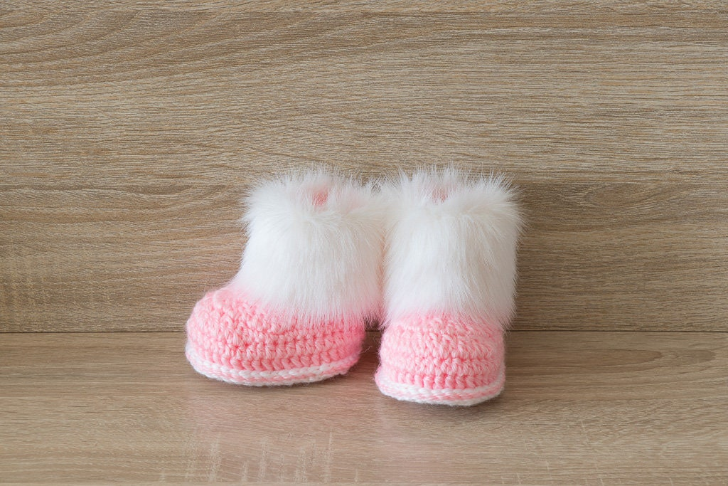 6c359af971e43 Preemie girl clothes - Fur Baby Boots - Crochet booties- Baby girl