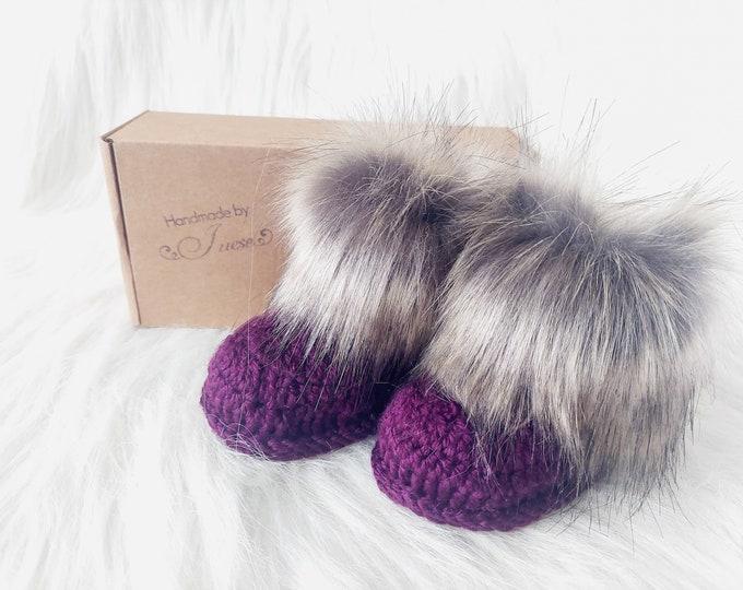 Grape Purple Baby booties, Fur Booties, Baby girl booties, Newborn girl booties, Baby Uggs, Infant shoes, Baby shower gift, Baby girl Gift