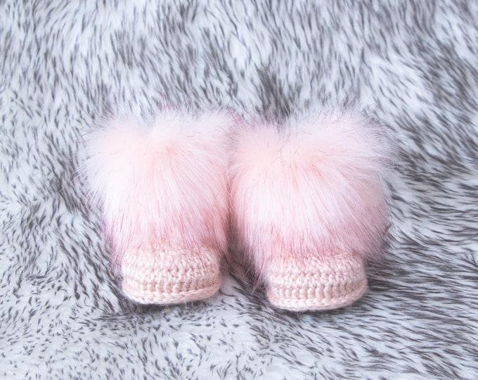 Peach melba Baby girl booties, Fur Booties, Preemie girl shoes, Fur Baby Booties, Crochet booties, Newborn winter booties, Baby girl gift