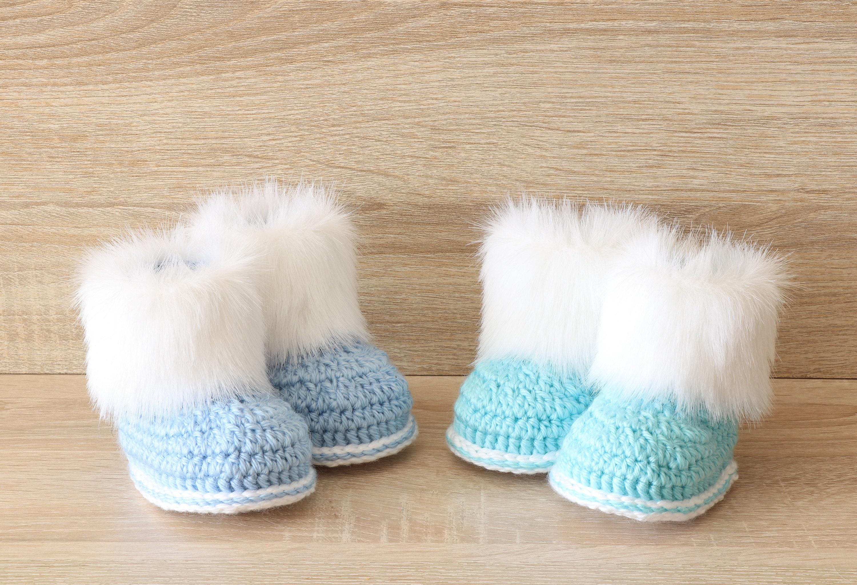 ee335a2338c06 Booties for twin boys - Crochet baby booties- Newborn boots- Twin ...