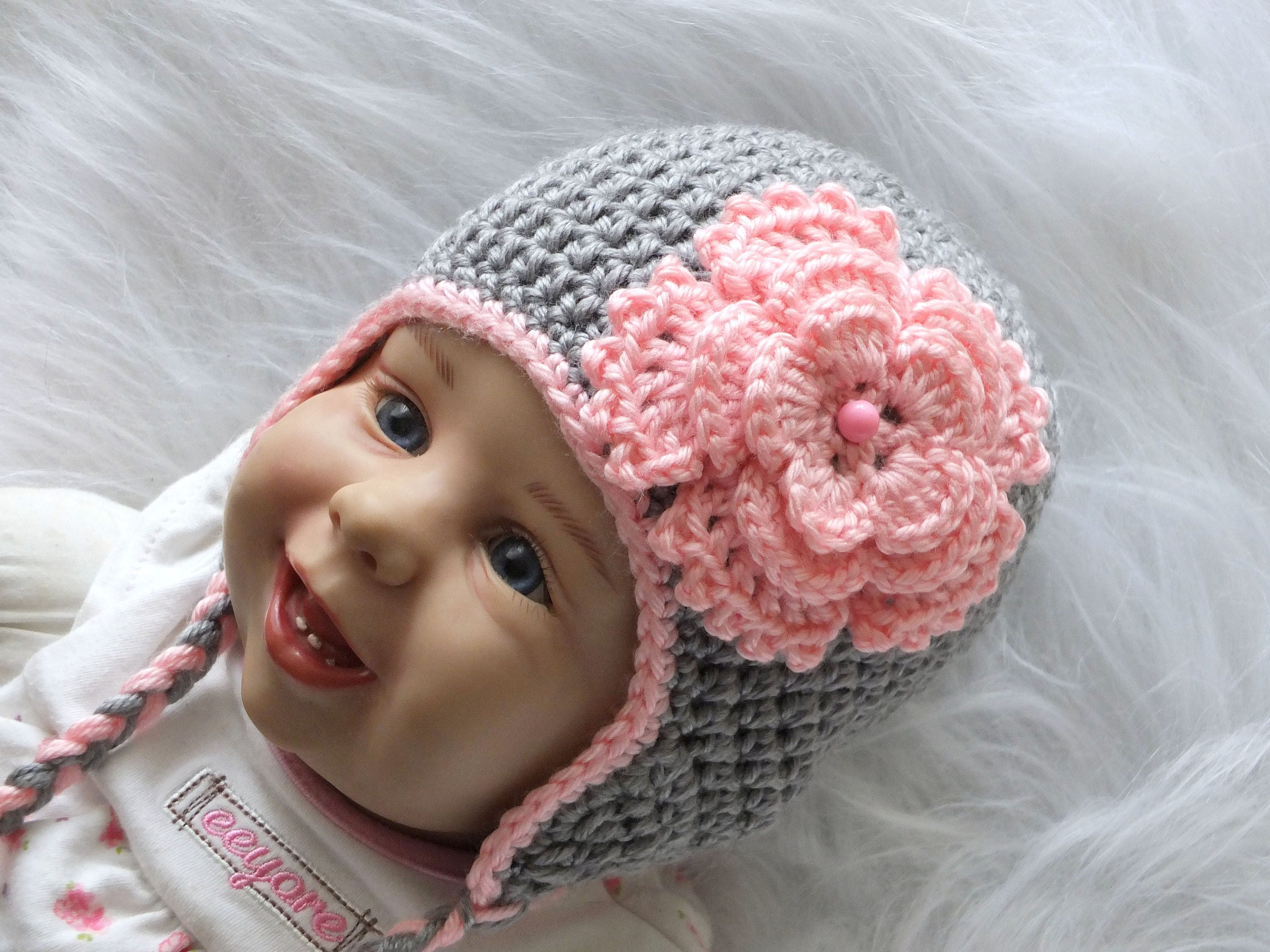 Gray and pink Baby girl flower hat - Gray flower hat - Crochet baby hat ... 9877bb372e0