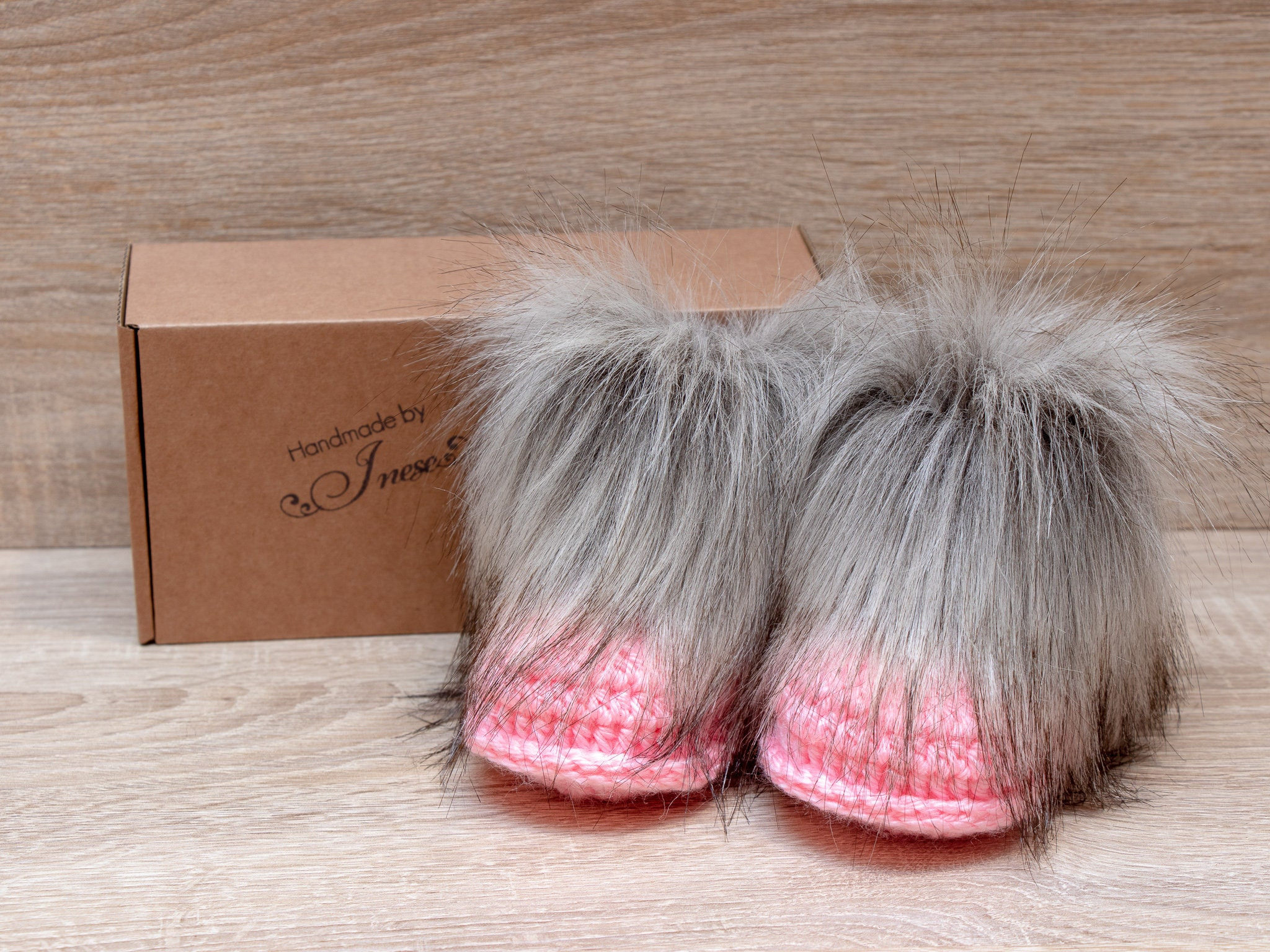1699051afbdd5 Baby girl boots - Faux fur booties - Crochet baby Booties - Baby girl ...