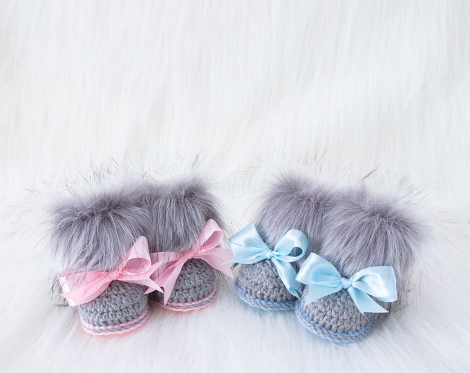 Crochet Booties for twins boy and girl, Baby reveal booties, Twins announcement, Pregnancy reveal, Gift for twins, Expecting for twins