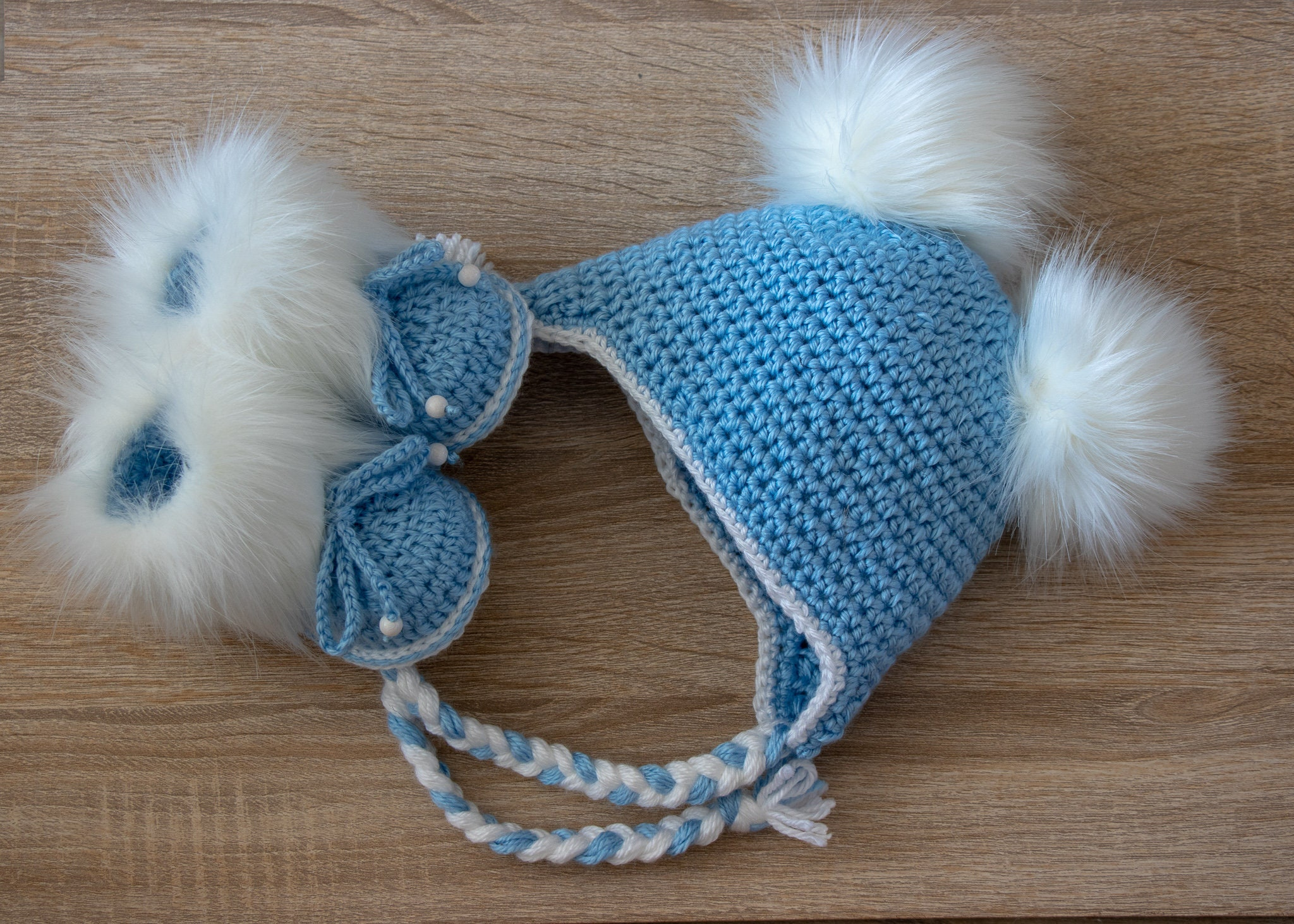 4f49dda2f25 Baby boy Double pom hat and booties - Booties and hat - Crochet ...