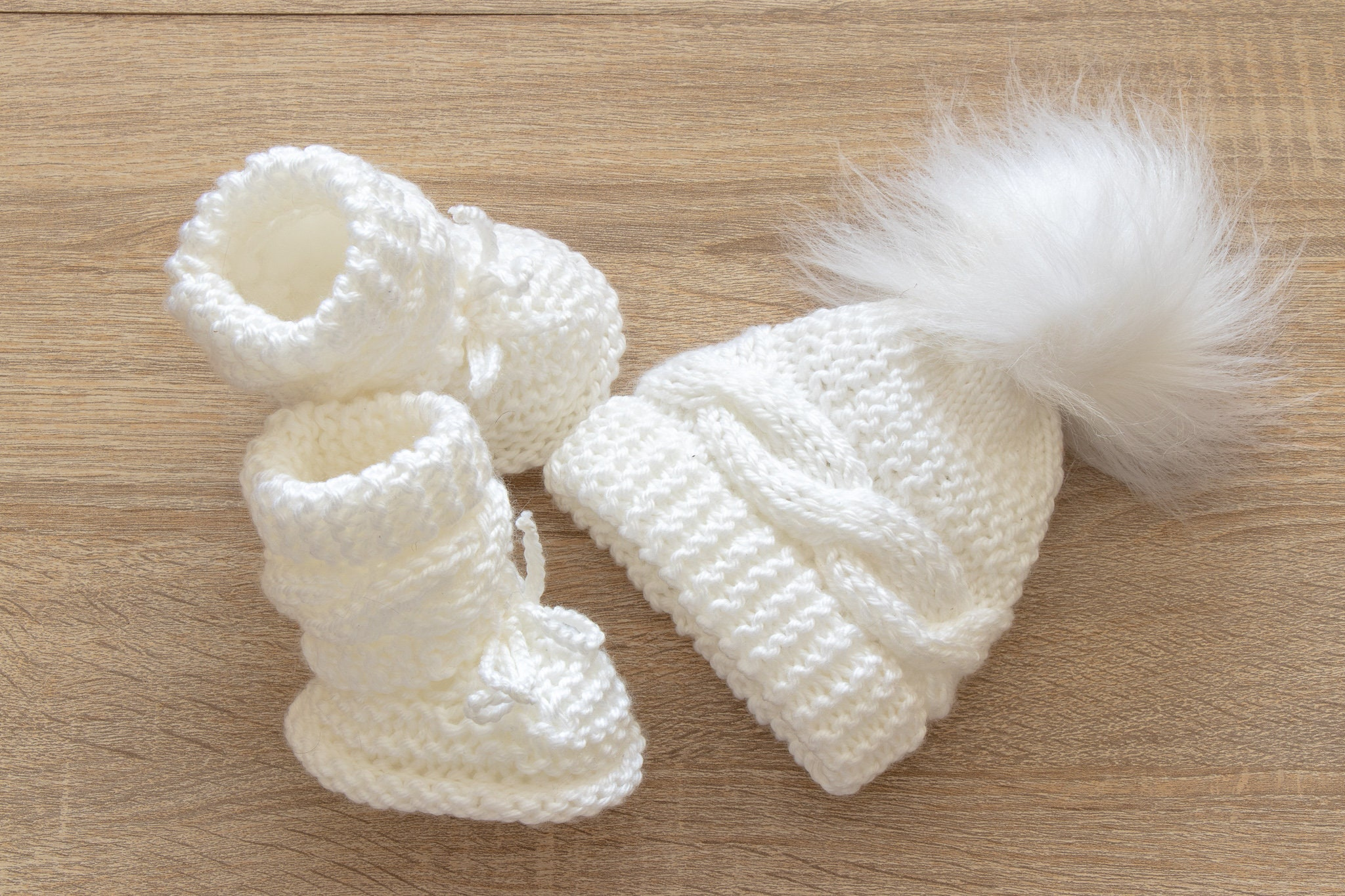 bf86ea9b4 White Baby set - Booties and hat set - Cable knit baby clothes - Baby ...