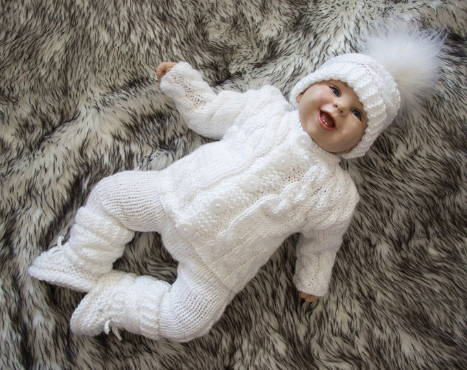 White Baby coming home outfit, Newborn take home outfit, Hand Knitted baby outfit, Gender neutral home coming outfit, Boy or girl outfit