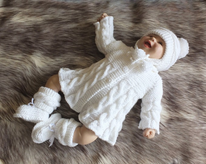 White Baby girl coming home outfit - Knitted baby clothes - Baby layette - Christening outfit - Hand knitted baby girl clothes - Baby gift