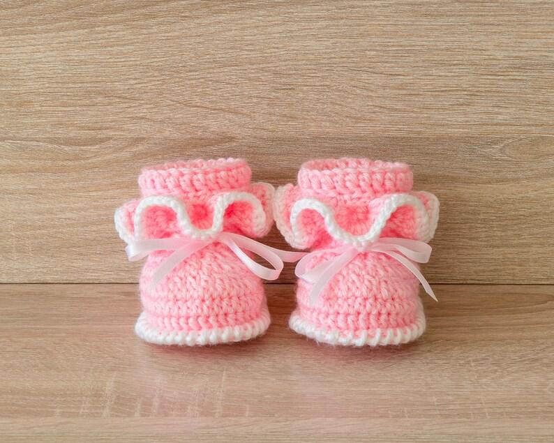 35224ee85 Ruffle booties Pink baby girl booties Newborn girl booties