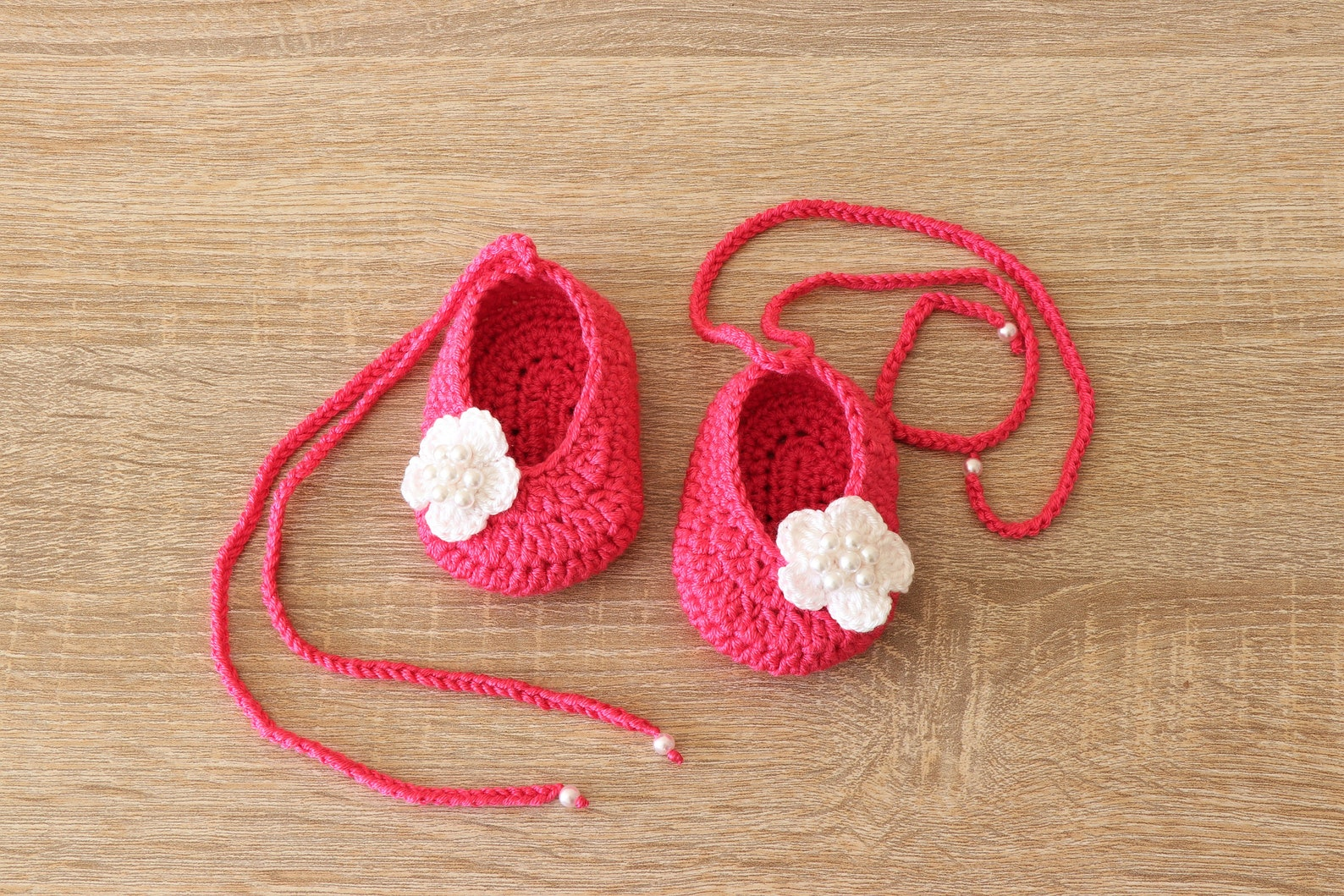 baby girl flower shoes - preemie girl shoes - baby girl ballet shoes - mary janes - newborn girl shoes - crochet baby shoes - ba