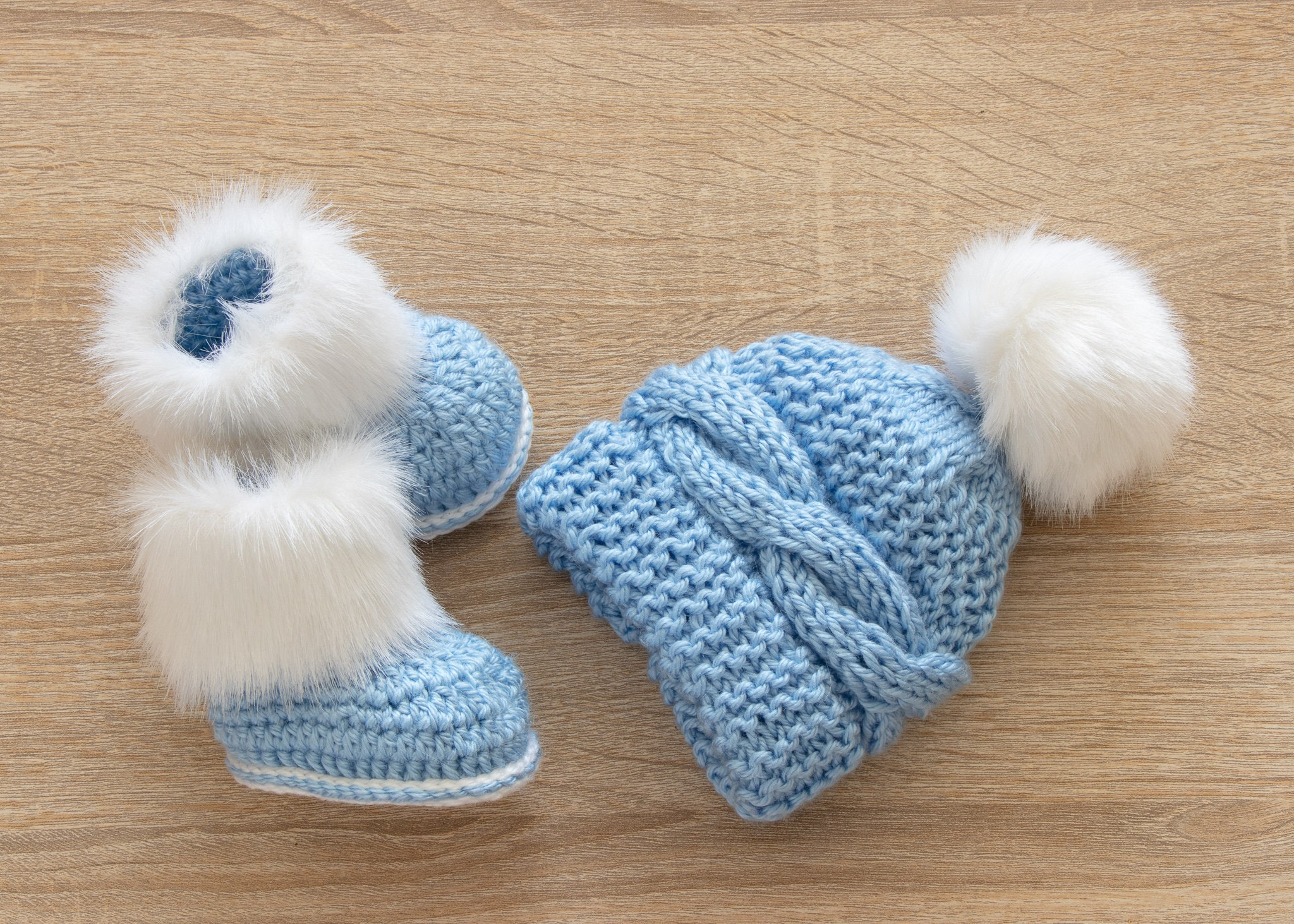 add6d5edd6a Baby boy hat and Booties set - Faux fur Booties and fur pom pom hat ...