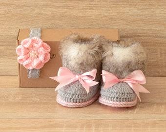 Baby booties and headband set - Baby girl gift - Newborn shoes - Crochet baby set - Baby girl Photo prop - Baby shower gift - Pink and gray