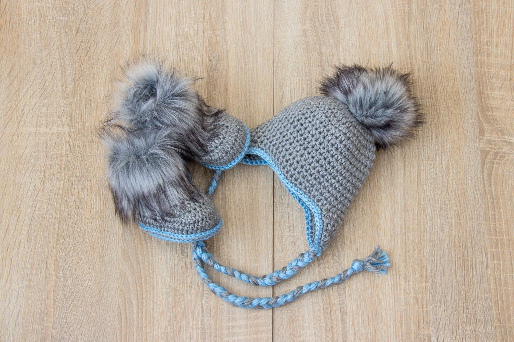 105fac159 Gray and blue baby boy hat and boots - Crochet Baby Hat and Booties ...
