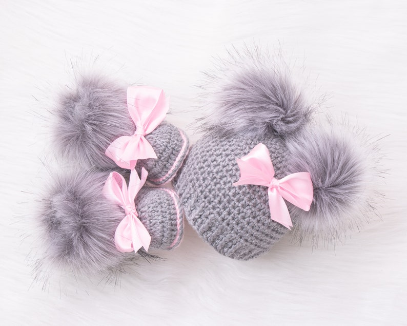 Gray and pink Baby girl double pom pom hat and bootie set 6-12 Months US kids' numeric
