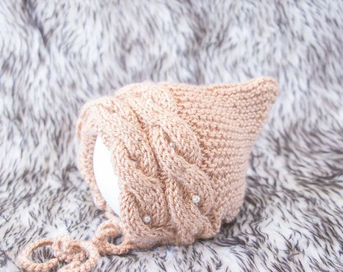 0-3 month Baby girl Pixie Bonnet, Knitted baby hat, Baby girl bonnet, Pixie hat, Baby bonnet, Newborn girl Hat, Hand knit hat, Ready to ship
