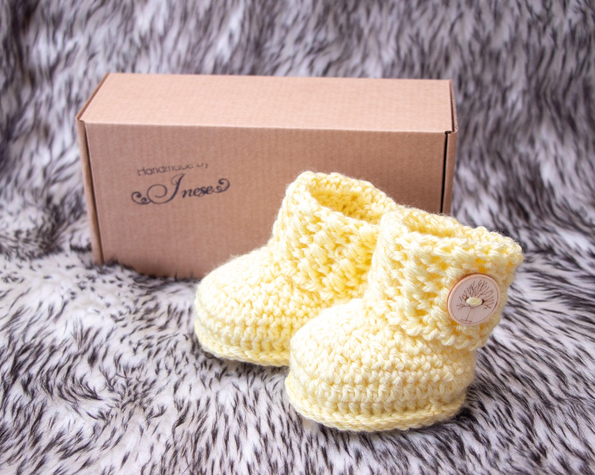 Yellow Baby booties, Crochet booties