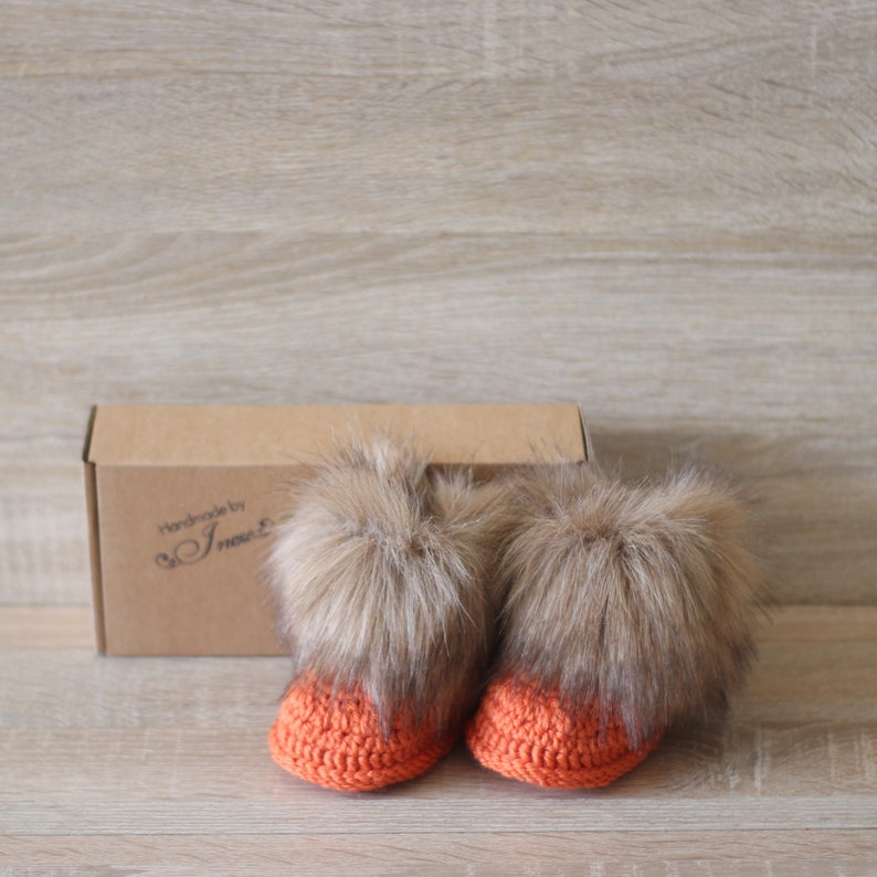 33b1d29da22 Orange Baby Booties - Fur booties - Crochet booties - Halloween booties -  Gender neutral boots - Newborn shoes - UGG style - Preemie booties