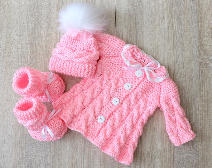 Pink baby girl coming home outfit, Hand Knitted outfit, Pink newborn girl layette, Baby Girl Clothes, Knit baby clothes, Baby knitwear
