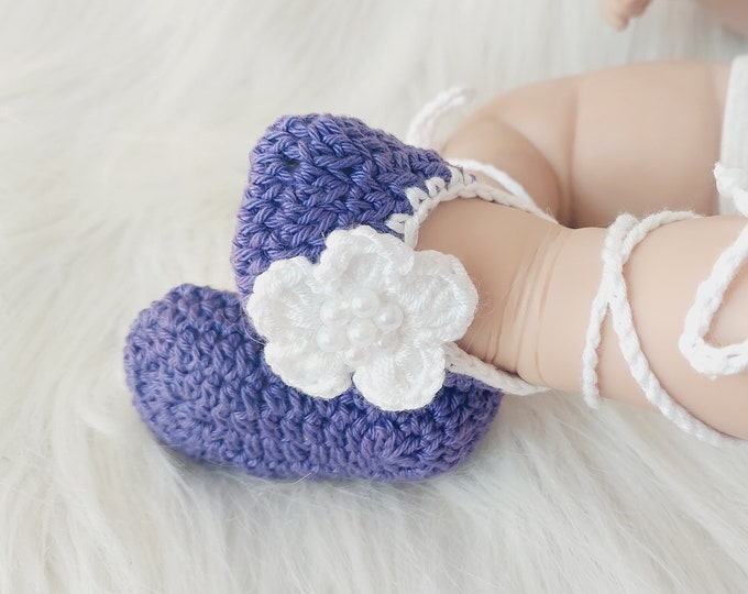 Baby Flower shoes, Purple baby shoes, Preemie shoes, Baby girl ballet shoes, Mary Janes, Newborn girl shoes, Crochet shoes, Baby girl gift