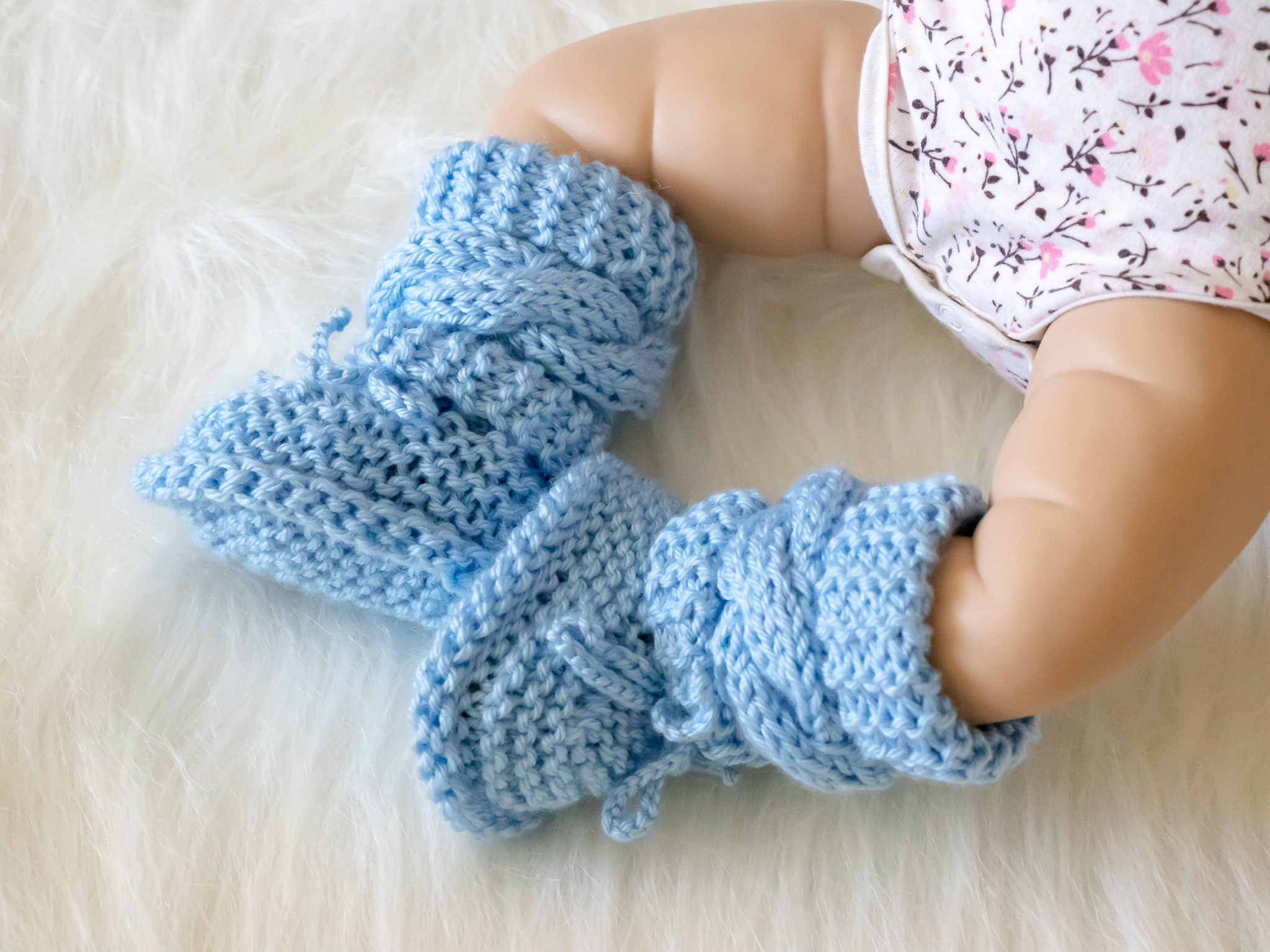 ee8392637a8 Hand knitted baby boy booties, Blue baby booties, Newborn boy boots ...
