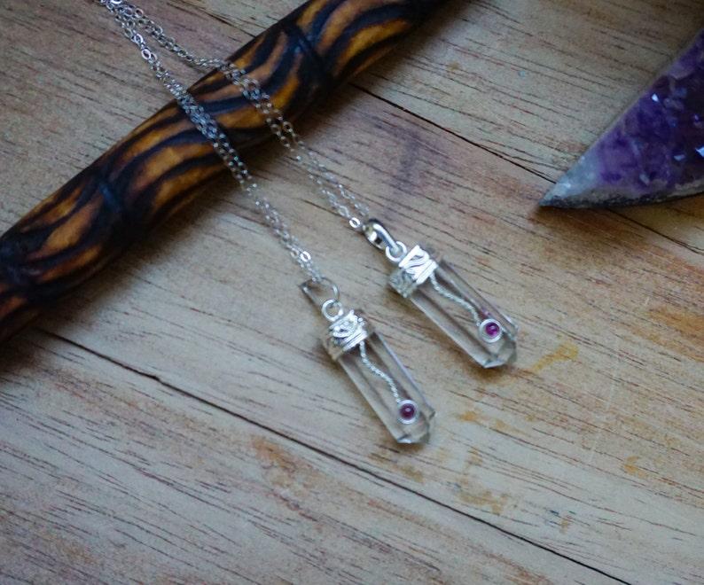 Crystal Quartz Pencil Point Pendant,Quartz Pendant Necklace,Chain,Point Pendant,Layered Necklace,Quartz Necklace,Unisex,Chain Necklace