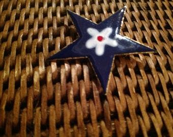 Star Vintage Handmade Enamel Brooch